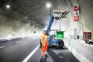 15 December 2016, Italy, Salerno Reggio-Calabria highway. Workers at work on the highway Salerno-Reggio Calabria.