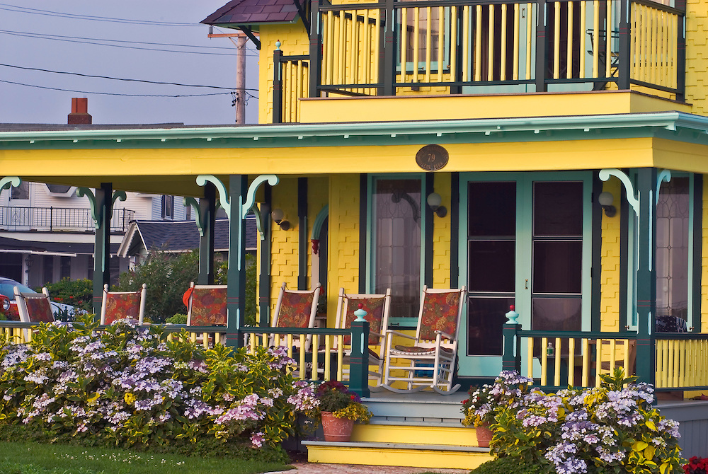 Massachusetts, Martha's Vineyard, Oak Bluffs, homes, porch