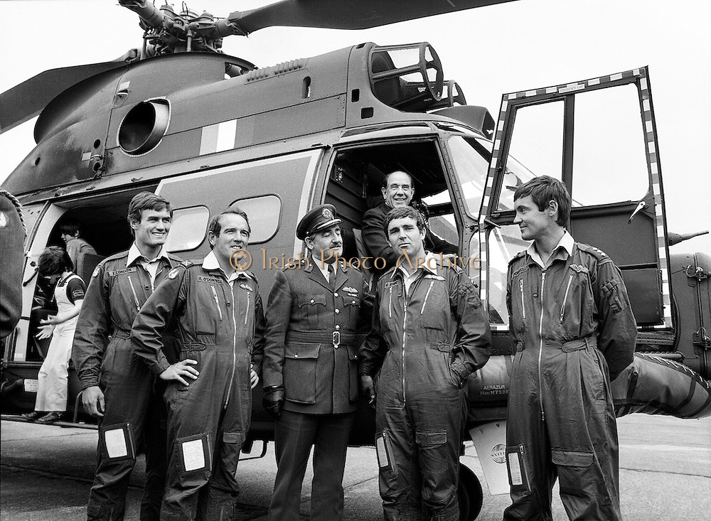Mr James Tully TD, Minister for Defence, inspecting the latest addition to the Air Corps fleet &ndash; a French-built SA 330J &lsquo;Puma&rsquo; twin-engined helicopter &ndash; at Casement Aerodrome, Baldonnell, County Dublin. Centre: Brig-General William Glenn, GOC Air Corps. Also Comdt. Hugh O&rsquo;Donnell (left) and Comdt. Ken Byrne.<br />