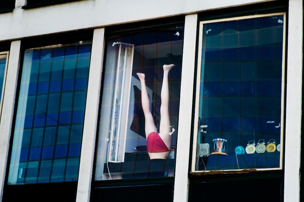 Nederland, Rotterdam, 9 maart 2014<br /> Raam van een atelier van een kunstenaar<br /> Foto(c): Michiel Wijnbergh