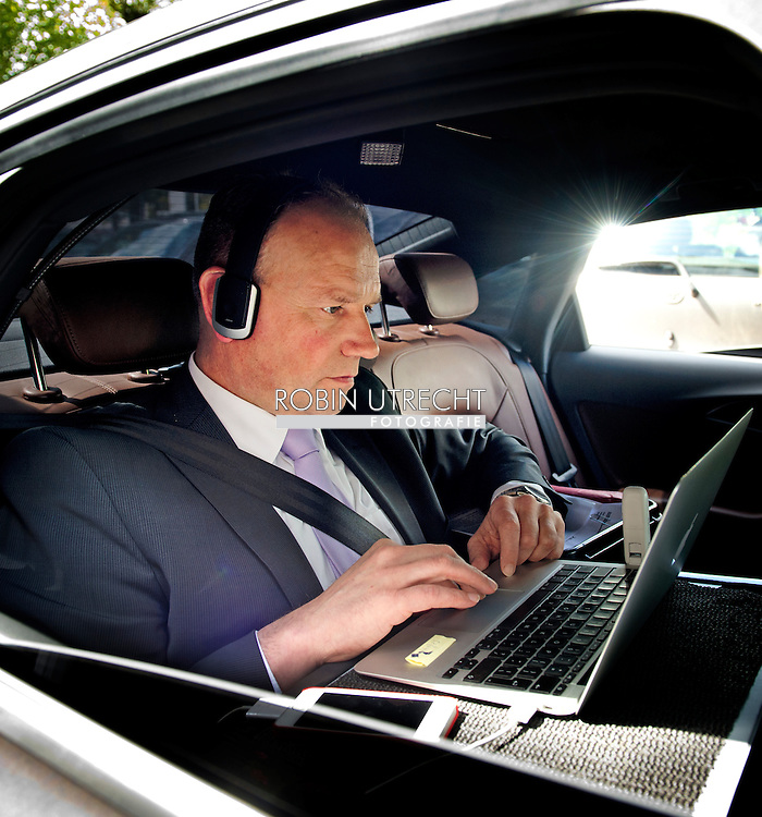 WOERDEN - portret van Ton Heerts is voorzitter van de FNV sinds 15 mei 2013 COPYRIGHT ROBIN UTRECHT