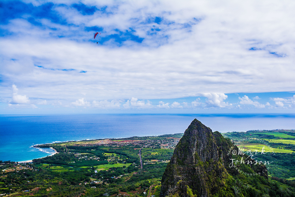 Paraglider above the Kalalea Mountains, Kauai, Hawaii, USA