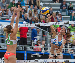 30.07.2015, Strandbad, Klagenfurt, AUT, A1 Beachvolleyball EM 2015, im Bild gMaria Tsiartsiani 1 GRE / Lena Maria Plesiutschnig 1 AUT // during of the A1 Beachvolleyball European Championship at the Strandbad Klagenfurt, Austria on 2015/07/30. EXPA Pictures © 2015, EXPA Pictures © 2015, PhotoCredit: EXPA/ Mag. Gert Steinthaler
