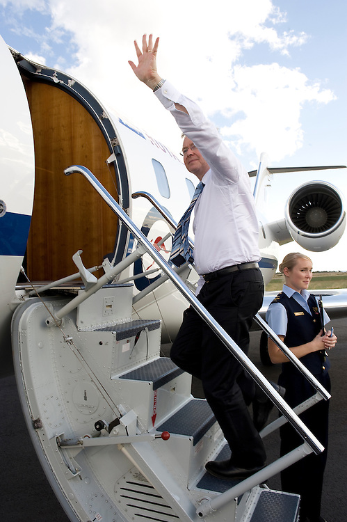 Prime Minister Kevin Rudd leaves Esperance after a visit to Teen Challenge Grace Academy, a rehabilitation and detox centre.