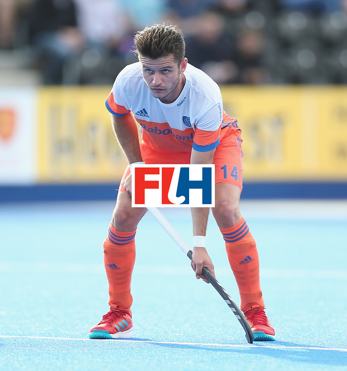 LONDON, ENGLAND - JUNE 15: Robbert Kemperman of the Netherlands during the Hero Hockey World League Semi Final match between Netherlands and Pakistan at Lee Valley Hockey and Tennis Centre on June 15, 2017 in London, England.  (Photo by Alex Morton/Getty Images)