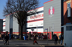 fans arrive at the Kingsholm stadium. - Mandatory by-line: Alex James/JMP - 24/02/2018 - RUGBY - Kingsholm - Gloucester, England - Gloucester Rugby v Wasps - Aviva Premiership
