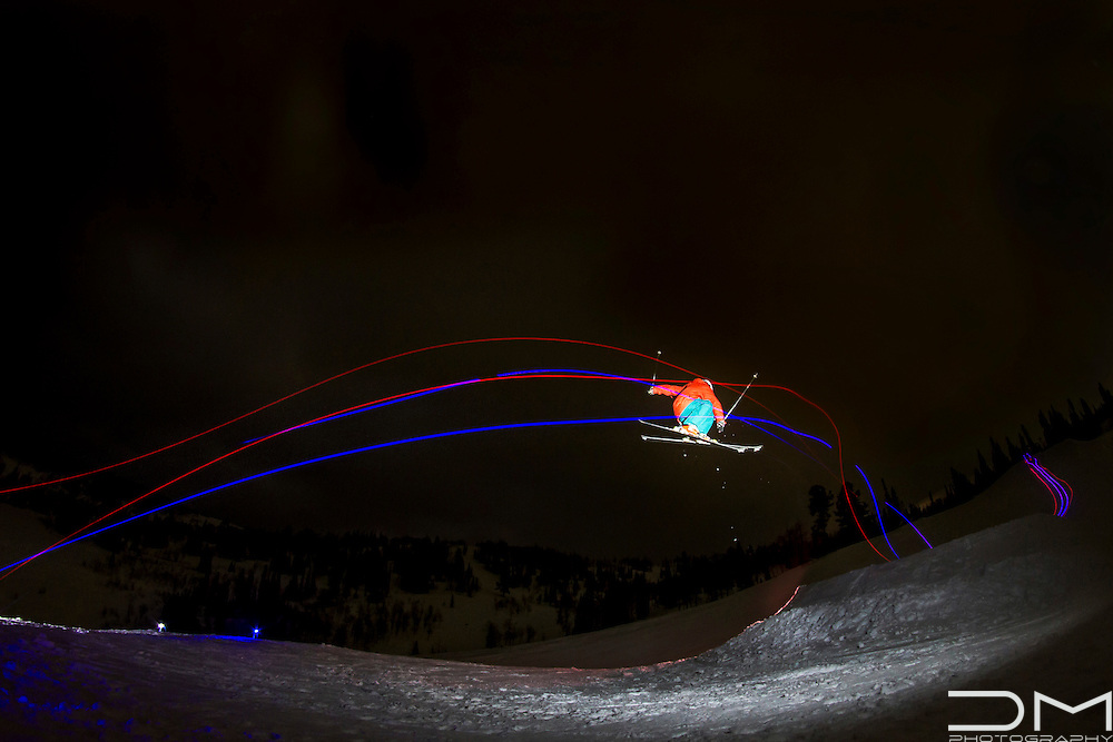 Night skiing in Powder Mountain (Utah)