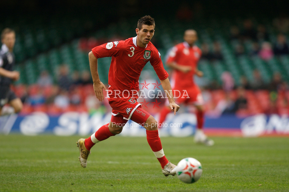 CARDIFF, WALES - Saturday, November 17, 2007: Wales' Joe Ledley in action against the Republic of Ireland during the UEFA Euro 2008 Qualifying Group D match at the Millennium Stadium. (Pic by David Rawcliffe/Propaganda)