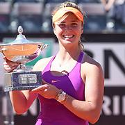 Roma 21/05/2017 Foro Italico<br /> Internazionali BNL d'Italia<br /> Finale femminile <br /> Simona HALEP vs Elina SVITOLINA<br /> <br /> Elina SVITOLINA festeggia con il trofeo
