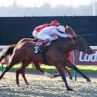 Gone With The Wind and Frankie Dettori winning the 2.00 race