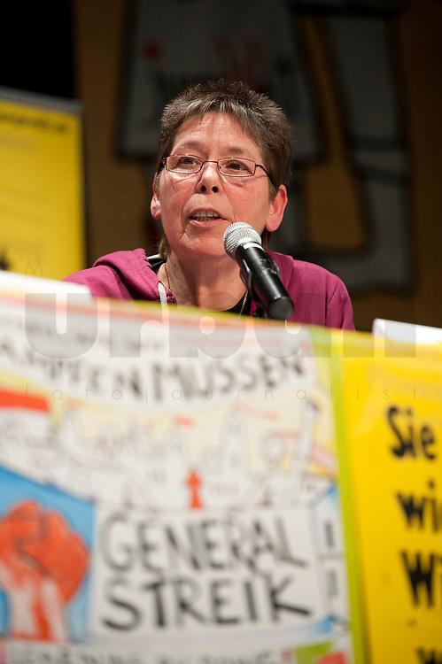 08 JAN 2011, BERLIN/GERMANY:<br /> Inge Viett, Radikale Linke, Autorin und ehemaliges Mitglied der RAF, Podiumsdiskussion, 16. Internationale Rosa-Luxenburg-Konferenz, Urania Haus<br /> IMAGE: 20110108-01-060
