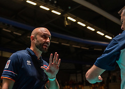 28-05-2019 NED: Volleyball Nations League Netherlands - Brazil, Apeldoorn<br /> <br /> Coach Jamie Morrison of Netherlands