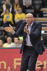 12.04.2015, Brose Arena, Bamberg, GER, Beko Basketball BL, Brose Baskets Bamberg vs EWE Baskets Oldenburg, Top Four 2015, Finale, im Bild Head Coach Mladen Drijencic ( EWE Baskets Oldenburg ) // during the Beko Basketball Bundes league TOP FOUR 2015 final match between Brose Baskets Bamberg and EWE Baskets Oldenburg at the Brose Arena in Bamberg, Germany on 2015/04/12. EXPA Pictures © 2015, PhotoCredit: EXPA/ Eibner-Pressefoto/ Langer<br /> <br /> *****ATTENTION - OUT of GER*****