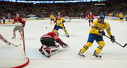 09.05.2013, Globe Arena, Stockholm, SWE, IIHF, Eishockey WM, Schweden vs Canada, im Bild Sverige Sweden 12 Fredrik Pettersson, Sverige Sweden 20 Joel Lundqvist, Mål chans // during the IIHF Icehockey World Championship Game between Sweden and Canada at the Ericsson Globe, Stockholm, Sweden on 2013/05/09. EXPA Pictures © 2013, PhotoCredit: EXPA/ PicAgency Skycam/ Johan Andersson..***** ATTENTION - OUT OF SWE *****