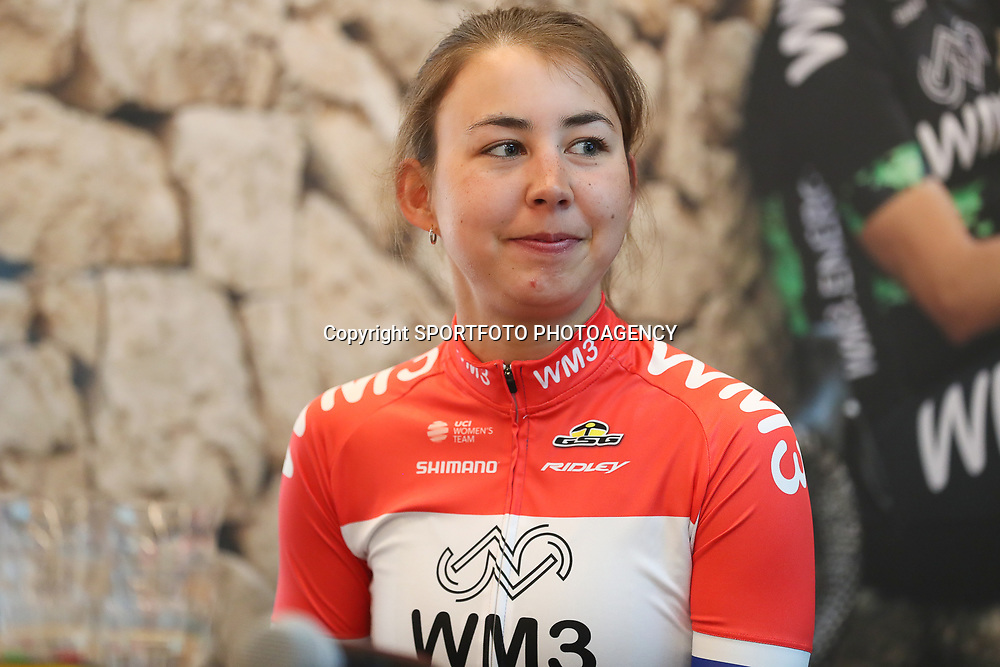 07-02-2017: Wielrennen: Teampresentatie WM3: Eindhoven  <br />EINDHOVEN (NED) cycling<br />At the European Head Quater of Shimano the new WM3 Team with leading lady Marianne Vos was presented. Anouska Koster