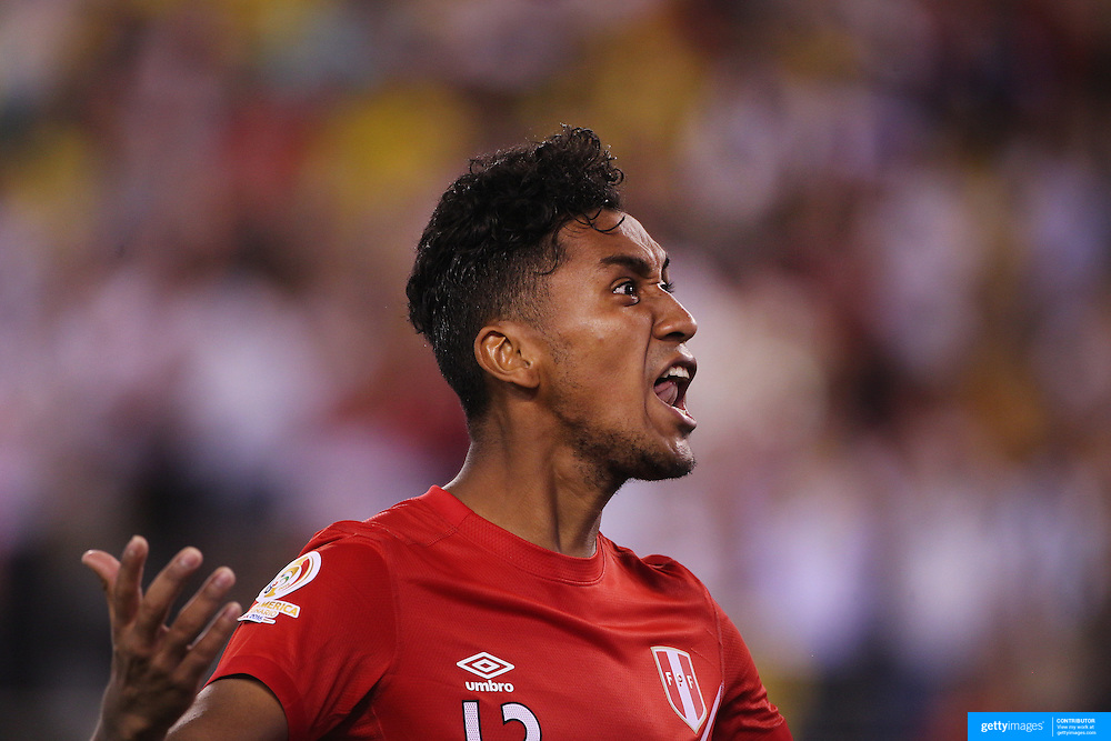 EAST RUTHERFORD, NEW JERSEY - JUNE 17:  Renato Tapia #13 of Peru celebrates after scoring in the penalty shoot out during the Colombia Vs Peru Quarterfinal match of the Copa America Centenario USA 2016 Tournament at MetLife Stadium on June 17, 2016 in East Rutherford, New Jersey. (Photo by Tim Clayton/Corbis via Getty Images)