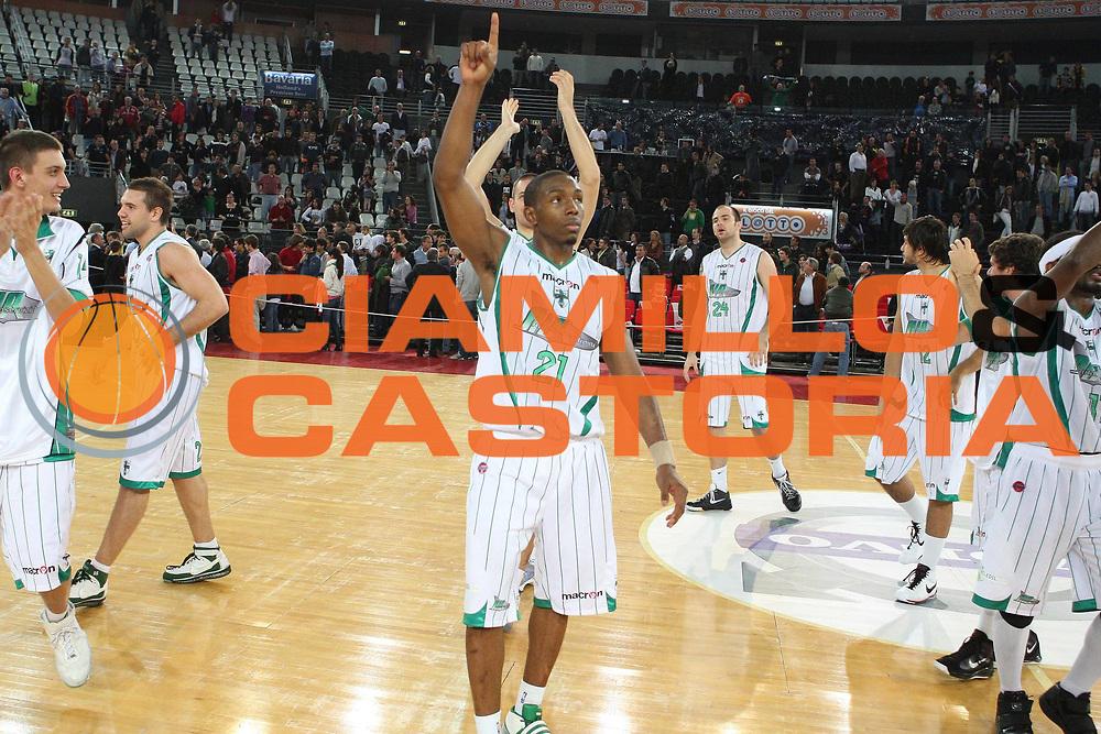 DESCRIZIONE : Roma Lega A 2009-10 Basket Lottomatica Virtus Roma Air Avellino<br /> GIOCATORE : De Marcus Nelson<br /> SQUADRA : Air Avellino<br /> EVENTO : Campionato Lega A 2009-2010<br /> GARA : Lottomatica Virtus Roma Air Avellino<br /> DATA : 25/10/2009<br /> CATEGORIA : esultanza<br /> SPORT : Pallacanestro<br /> AUTORE : Agenzia Ciamillo-Castoria/G.Ciamillo