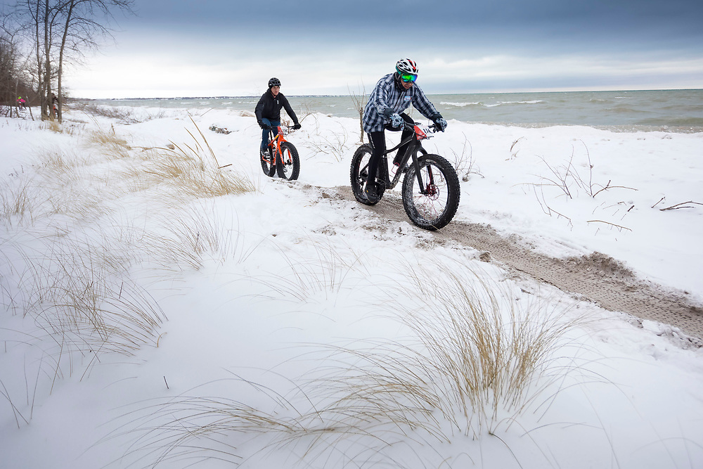 Shelltrack Fat Bike Race in Manitowoc, Wis at Silver Creek Park Dec 2017 as part of the Snow Crown Wisconsin Fat-Bike Race Series.  Photo by Mike Roemer