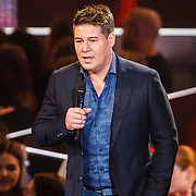 NLD/Hilversum/20160122 - 6de live uitzending The Voice of Holland 2016, Martijn Krabbe
