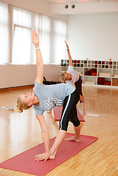 BREDOW-WERNDL Jessica<br /> Yogaübungen mit Jessica von Bredow-Werndl 2016<br /> www.sportfotos-lafrentz.de/Stefan Lafrentz