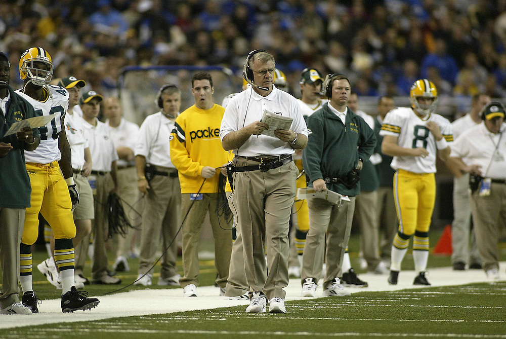 Head Coach Mike Sherman of the Green Bay Packers during their 22-14 defeat to the Detroit Lions on 11/27/2003. ©JC Ridley/NFL Photos.