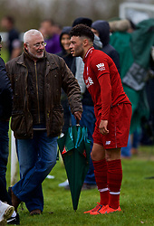 DERBY, ENGLAND - Friday, March 8, 2019: Liverpool's Alex Oxlade-Chamberlain chats with spectators after being substituted during the FA Premier League 2 Division 1 match between Derby County FC Under-23's and Liverpool FC Under-23's at the Derby County FC Training Centre. (Pic by David Rawcliffe/Propaganda)