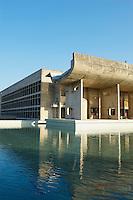 Inde, Punjab et Haryana, Chandigarh, Vidhan Sabha ou l'assemblee legislative de Le Corbusier // India, Punjab and Haryana, Chandigarh, Vidhan Sabha the Legislative assembly by Le Corbusier