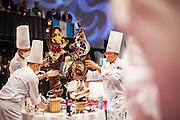 Des patissiers malais presentent leur creation, Coupe du Monde de Patisserie, Salon Sirha, Lyon, janvier 2015.