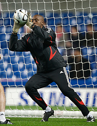 LONDON, ENGLAND - Wednesday, December 19, 2007: Liverpool's goalkeeper Charles Itandje warms-up before the League Cup Quarter Final match against Chelsea at Stamford Bridge. (Photo by David Rawcliffe/Propaganda)