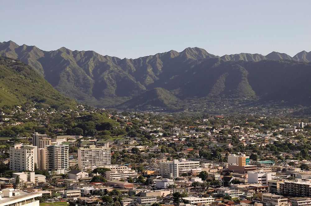Koolau Mountain Range, Moiliili and Manoa neighborhoods