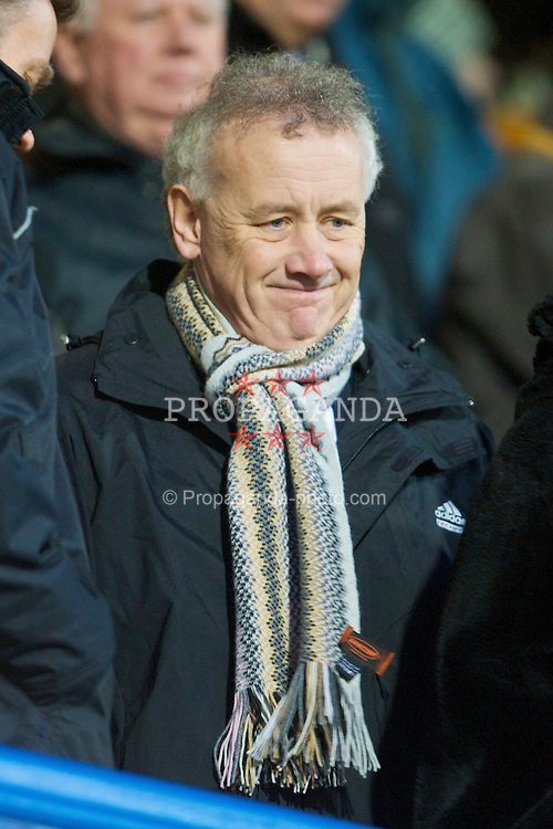 PORTSMOUTH, ENGLAND - Saturday, February 7, 2009: Liverpool's Chief-Executive Rick Parry during the Premiership match against Portsmouth at Fratton Park. (Mandatory credit: David Rawcliffe/Propaganda)