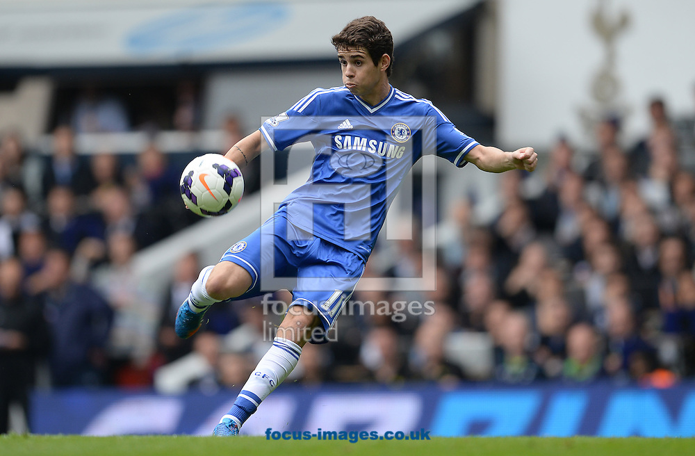 Picture by Andrew Timms/Focus Images Ltd +44 7917 236526<br /> 28/09/2013<br /> Oscar of Chelsea during the Barclays Premier League match against Tottenham Hotspur at White Hart Lane, London.