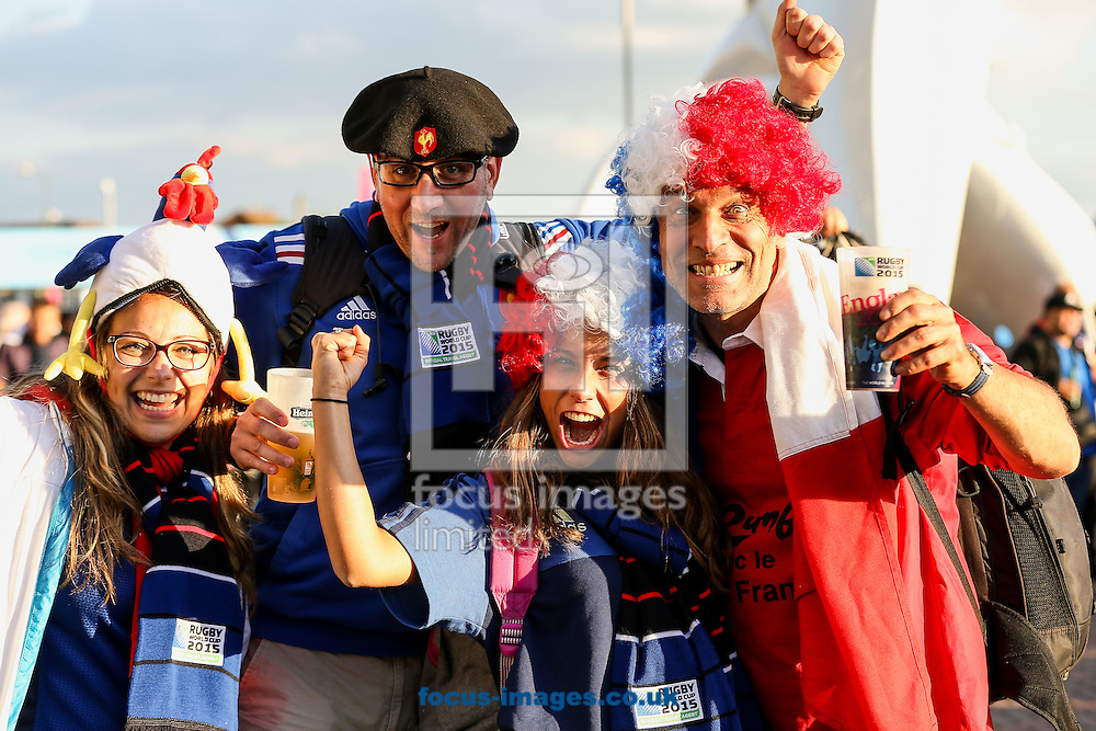 Supporters enjoying the event before the 2015 Rugby World Cup match at Twickenham Stadium, Twickenham<br /> Picture by Andy Kearns/Focus Images Ltd 0781 864 4264<br /> 19/09/2015