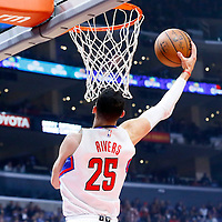 09 November 2015: Los Angeles Clippers guard Austin Rivers (25) goes for the reverse dunk during the Los Angeles Clippers 94-92 victory over the Memphis Grizzlies, at the Staples Center, in Los Angeles, California, USA.