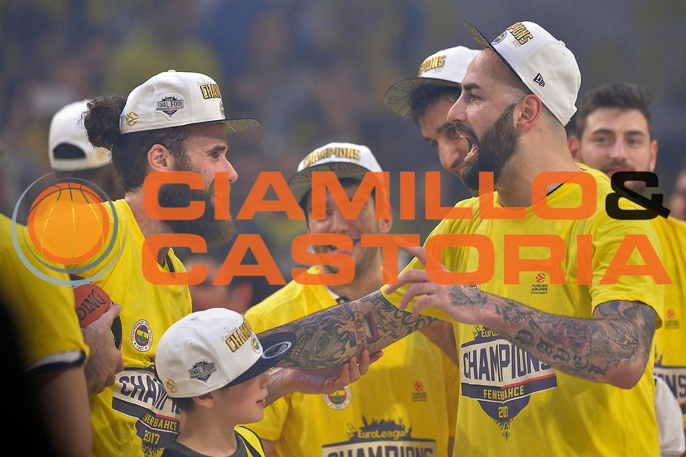 Pero Antic, Luigi Datome<br /> Fenerbahce Istanbul - Olympiakos Piraeus<br /> Euroleague Final Four 2017<br /> Finale 1 - 2 Posto<br /> Euroleague 2016/2017<br /> Istanbul, 21/05/2017<br /> Foto M.Ceretti / Ciamillo - Castoria