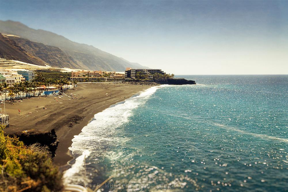 Strand und Hotelanlagen/Ort Puerto Naos, La Palma, Kanarische Inseln, Spanien