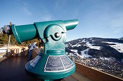 31.01.2013, Schladming, AUT, FIS Weltmeisterschaften Ski Alpin, Schladming 2013, Vorberichte, im Bild ein Teleskop mit Blick auf die Planai am 31.01.2013 // telescope with view to the Planai on 2013/01/31, preview to the FIS Alpine World Ski Championships 2013 at Schladming, Austria on 2013/01/31. EXPA Pictures © 2013, PhotoCredit: EXPA/ Martin Huber