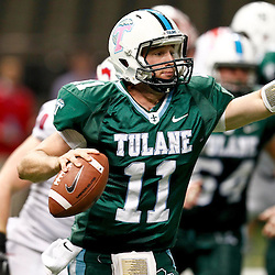 October 13, 2012; New Orleans, LA, USA; Tulane Green Wave quarterback Ryan Griffin (11) looks to pass against the SMU Mustangs during the fourth quarter of a game at the Mercedes-Benz Superdome.  Mandatory Credit: Derick E. Hingle-US PRESSWIRE