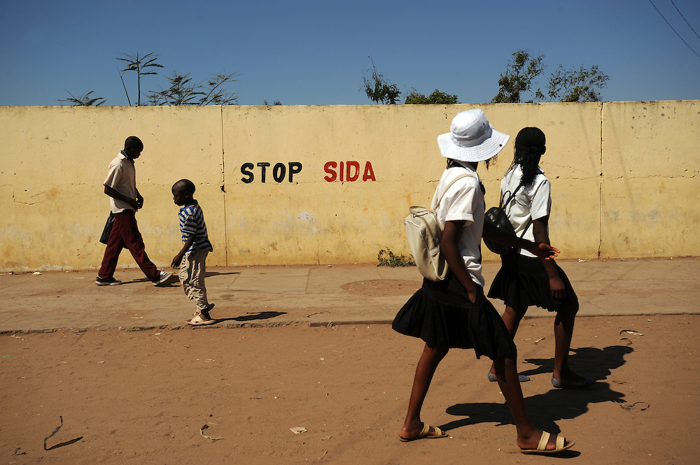 Information about HIV/AIDS is painted on walls to raise awareness outside School Northwest 1 in Mavalane district, Maputo, Mozambique. 25/8/2008