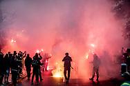 FODBOLD: Brøndby-fans på Ndr. Strandvej før kampen i ALKA Superligaen mellem FC Helsingør og Brøndby IF den 22. oktober 2017 på Helsingør Stadion. Foto: Claus Birch