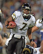 Jacksonville quarterback Byron Leftwich (7) rushes up field during first half against St. Louis at the Edward Jones Dome in St. Louis, Missouri, October 30, 2005.  The Rams beat the Jaguars 24-21.