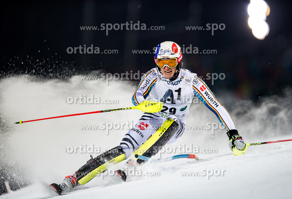 24.01.2017, Planai, Schladming, AUT, FIS Weltcup Ski Alpin, Schladming, Slalom, Herren, 1. Lauf, im Bild Linus Strasser (GER) // Linus Strasser of Germany in action during his 1st run of men's Slalom of FIS ski alpine world cup at the Planai in Schladming, Austria on 2017/01/24. EXPA Pictures © 2017, PhotoCredit: EXPA/ Johann Groder