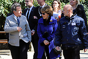 Hare Koninklijke Hoogheid Prinses Margriet heeft in Amsterdam &lsquo;Artis in Bloei&rsquo; ter gelegenheid van het 175-jarig bestaan van Artis gepend.  <br /> <br /> Her Royal Highness Princess Margriet opend in Amsterdam Artis in Bloom 'on the occasion of the 175th anniversary of Artis Zoo Amsterdam.<br /> <br /> Op de foto / On the photo:  Prinses Margriet maakt een wandeling door dierentuin Natura Artis Magistra.  ////// Princess Margriet is a walk through Natura Artis Magistra zoo.