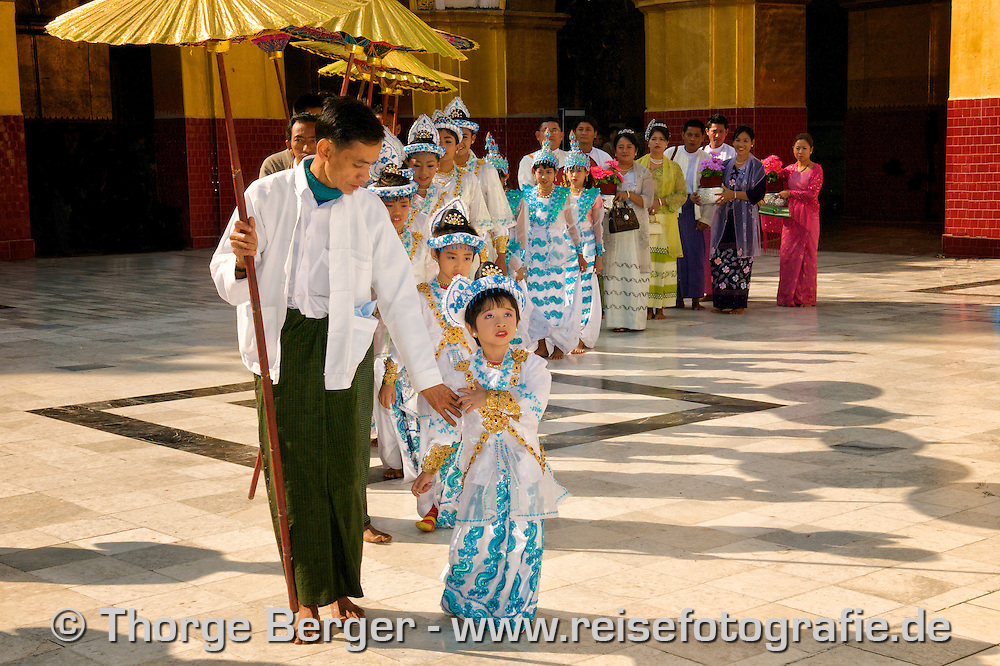 Initiation of novices at Mahamuni Pagoda, Mandalay