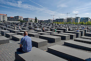 Berlino 14  Settembre 2013<br /> Turisti visitano il Memoriale dell'Olocausto per gli ebrei assassinati d'Europa<br /> Tourists visit the Holocaust Memorial for the murdered Jews of Europe