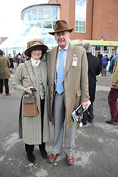 VISCOUNT & VISCOUNTESS MARCHWOOD at the Hennessy Gold Cup 2009 held at Newbury Racecourse, Berkshire on 28th November 2009.