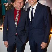 NLD/Hilversum/20131125 - Inloop Musical Awards Gala 2013, Dick Cohen en partner Daan Wijnands