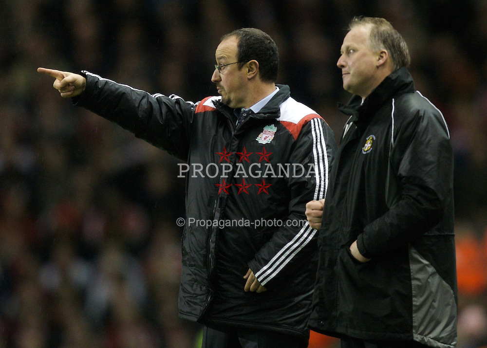 LIVERPOOL, ENGLAND - Tuesday, January 15, 2008: Liverpool's manager Rafael Benitez and Luton Town's manager Kevin Blackwell during the FA Cup 3rd Round Replay at Anfield. (Photo by David Rawcliffe/Propaganda)