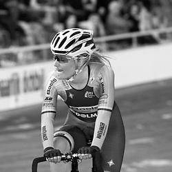 27-12-2014: Wielrennen: NK Baanwielrennen: Apeldoorn Nicky Zijlaard