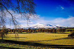 Tinto Hill in South Lanarkshire with a dusting of snow<br /> <br /> (c) Andrew Wilson | Edinburgh Elite media